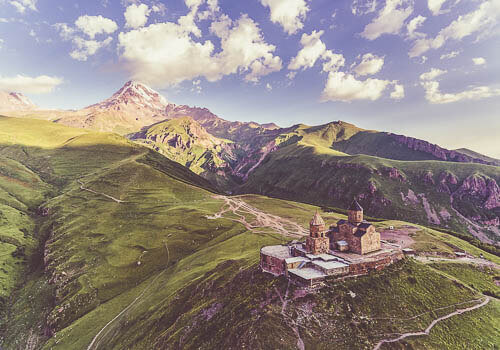 Road trip along the Greater Caucasus